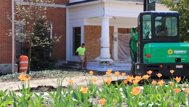 Work continues on WPD entrance.